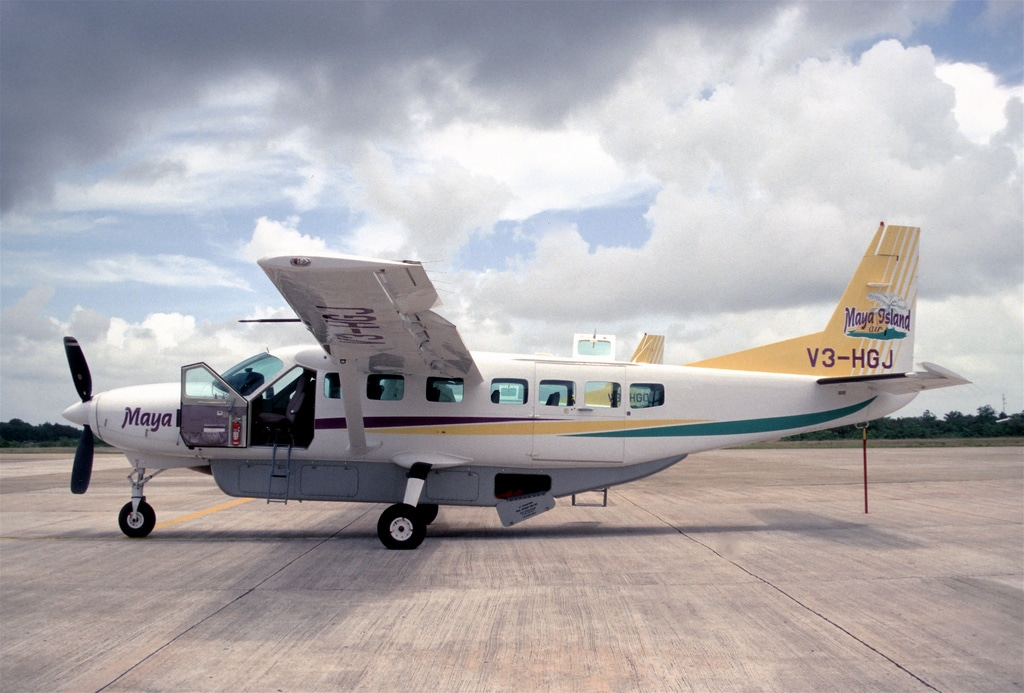 helicopter pilot job with Cessna Caravan 208b on 368943394459628860 additionally Aerospace Aviation Resume likewise Us Air Force Space  missioned Officer Job 3356658 moreover Aircraft  ponents Fuselage Types  ponents Construction moreover Helicopter Hand Signal.