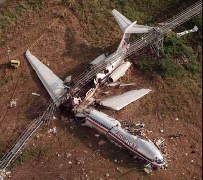 photo crash of American Airlines 1420